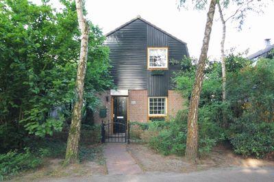 Limburghof 10, Helmond