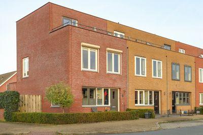 Rotsvlinder 14, Hoogeveen