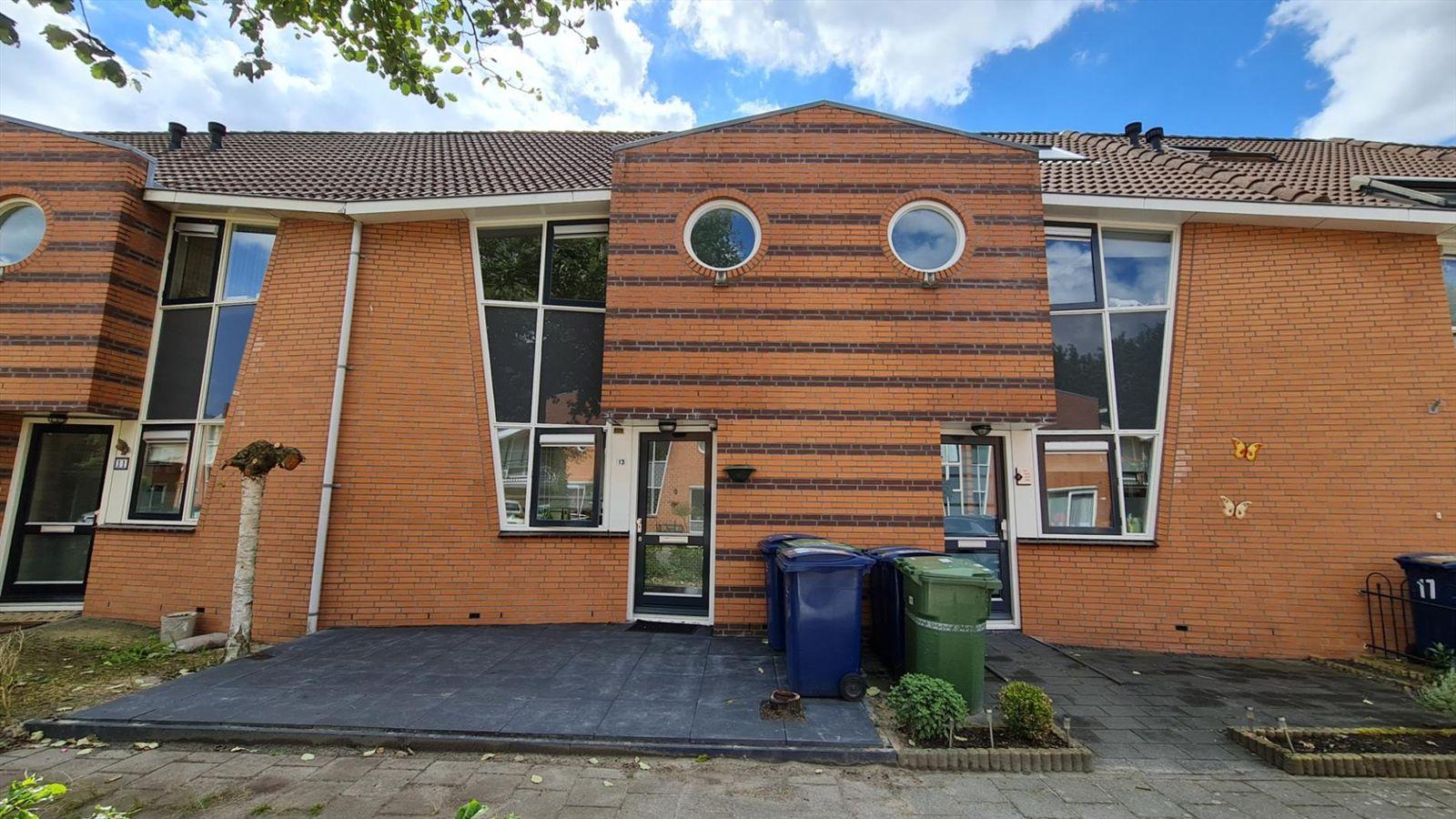 Folkloreweg 13., Almere