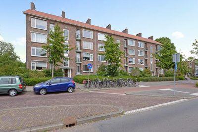 Koningin Julianalaan, Voorburg