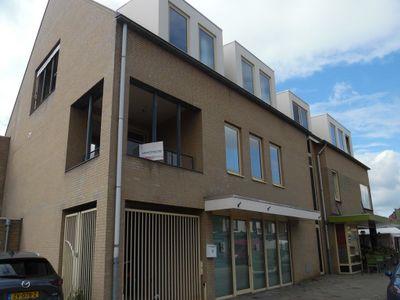 Deken Van Baarsstraat, Budel