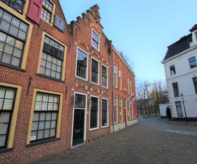 Sint Walburgstraat, Groningen