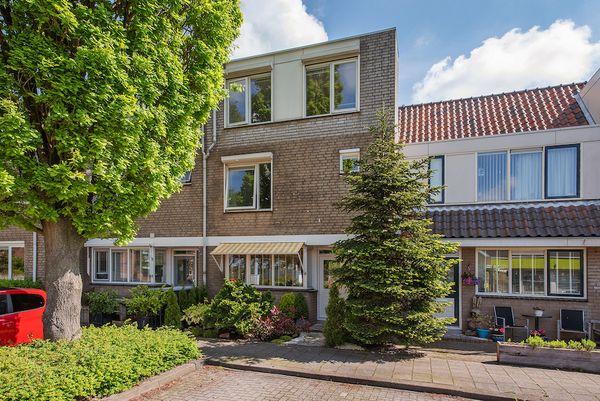 Steeneikzoom 6, Zoetermeer