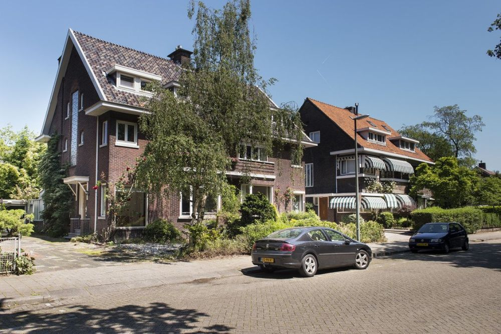 Julianalaan, Schiedam