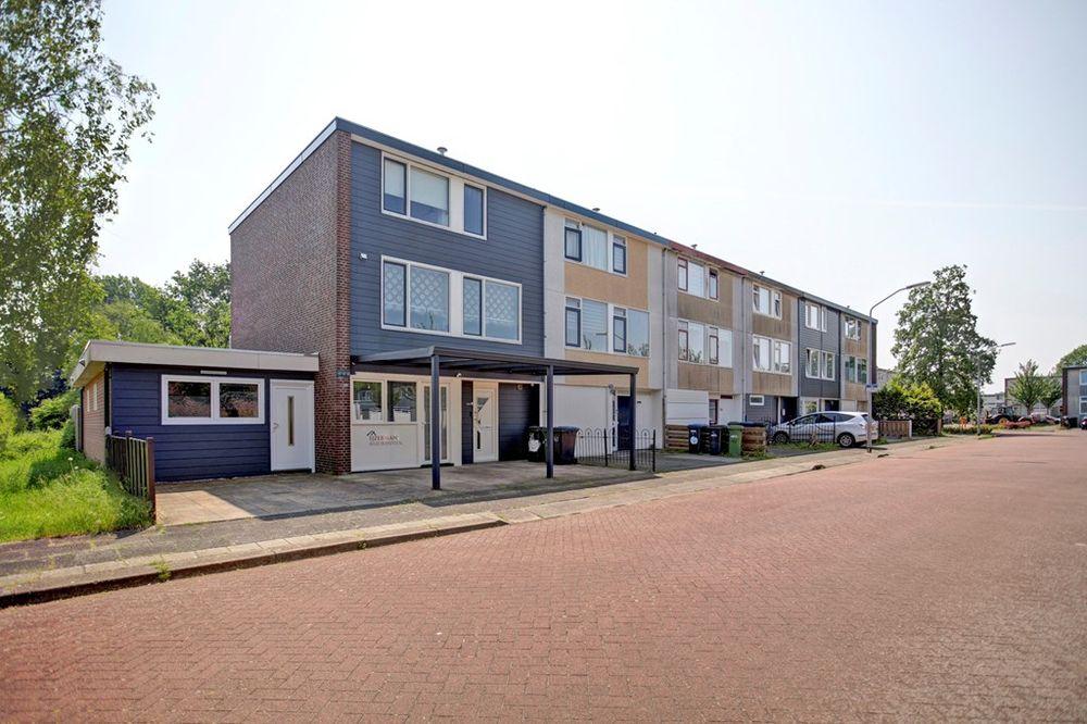 Baai 48, Lelystad