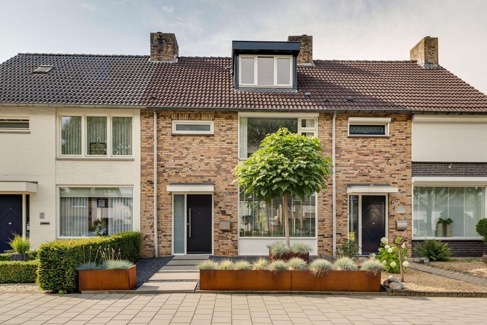 Atoomstraat 15, Maastricht