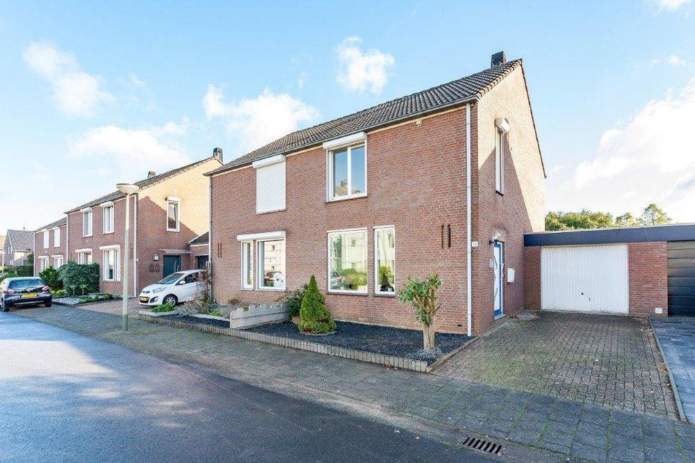 Holsberg 14 Koopwoning In Urmond Limburg Huislijnnl