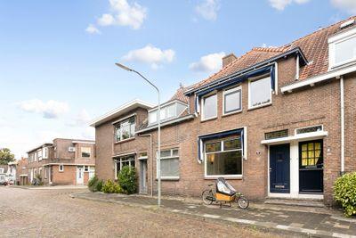 Ambonstraat 6, Dordrecht