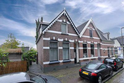 Jacobus Reviusstraat 1, Deventer