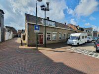 Westdam 42, Steenbergen