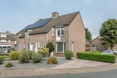 Hendrik van Veldekestraat 5, Voerendaal