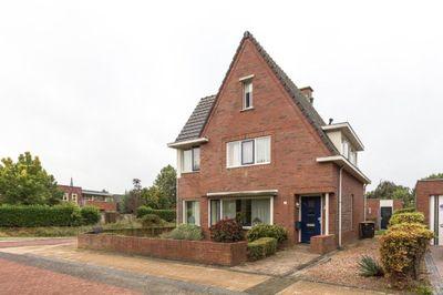 Stadhouderskade 7, Steenwijk