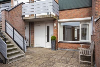Venneperhof 51, Nieuw-vennep