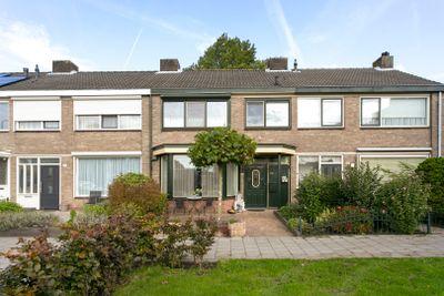 Van Goghlaan 198, Roosendaal