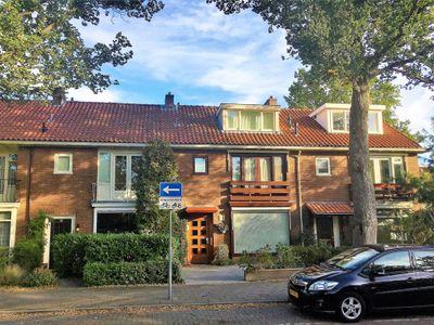 Jonkheer H.A. van Karnebeeklaan 34, Amstelveen