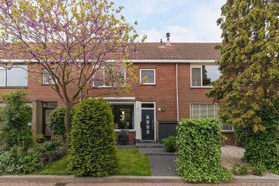Jhr V.P.A. Beelaerts van Bloklandlaan 36, Heerjansdam