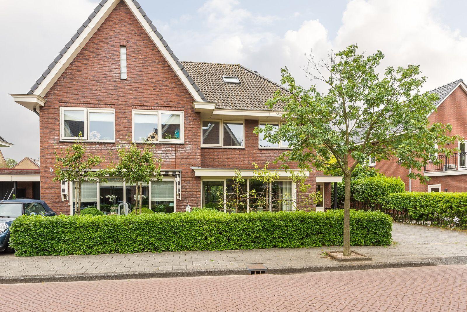 De Linge 13, Naaldwijk