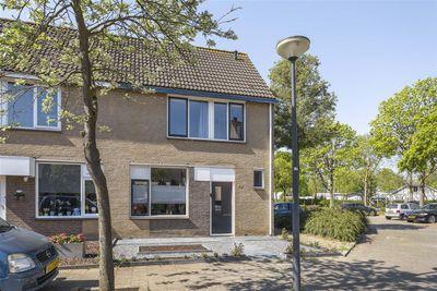 Rietbeemd 40, Oosterhout