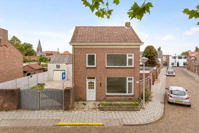 Nicolaas Peckstraat, Nicolaas Peckstraat 61, 4651DE, Steenbergen, Noord-Brabant