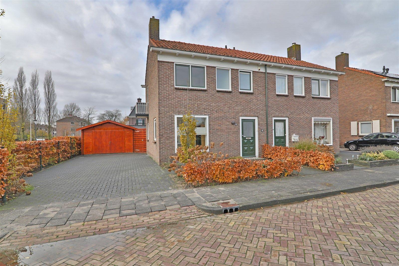 Da Costastraat 24, Hoogeveen