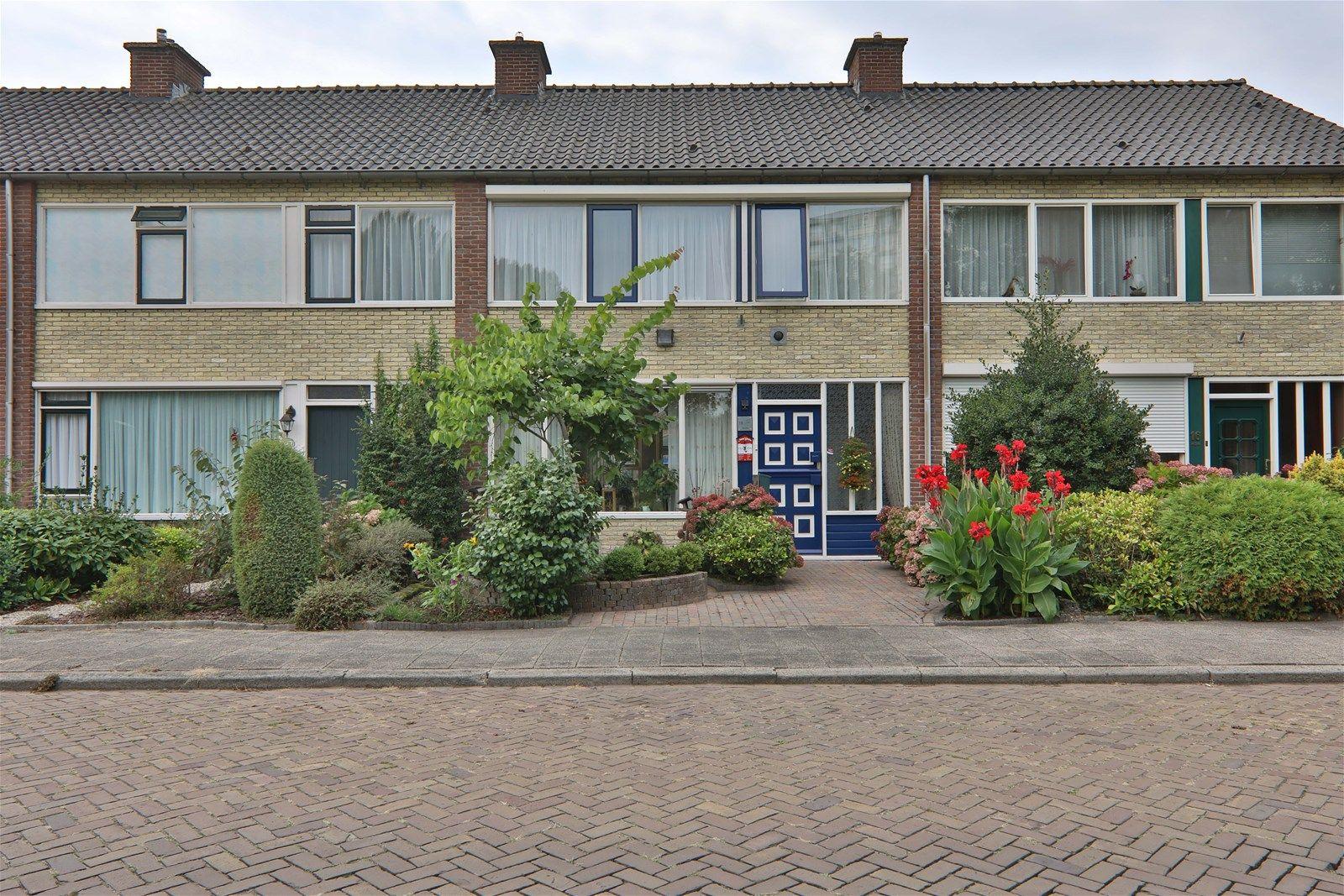 Hazelaarstraat 18, Hoogeveen