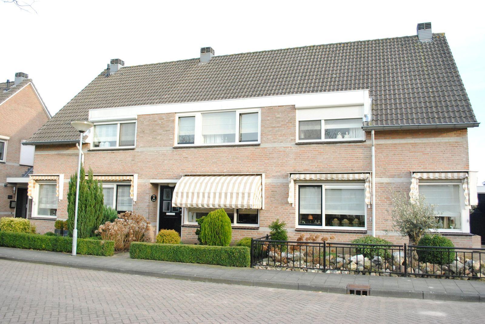 Mr. Rietkerklaan 40, Helmond