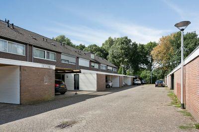 Basstraat 90, Helmond