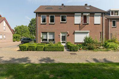 Jacob van Ruysdaelpad 12, Axel