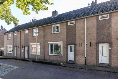 Angelastraat 12, Kerkrade