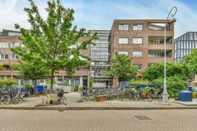 Donker Curtiusstraat, Amsterdam
