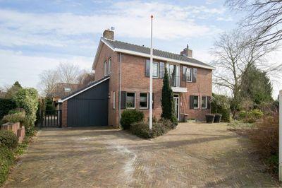 Dwinger 8-a, Emmen