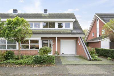 Ina Boudier-Bakkerlaan 45, Zutphen