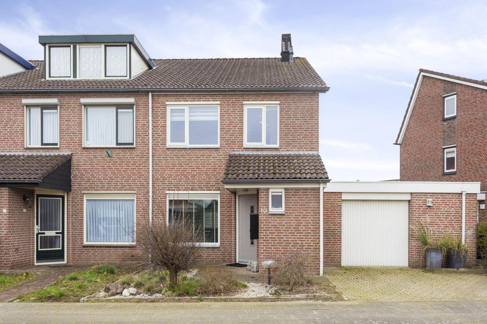 Van Rooijenstraat 10, Driel