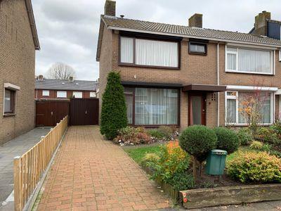 Meidoornstraat 9, Oudenbosch