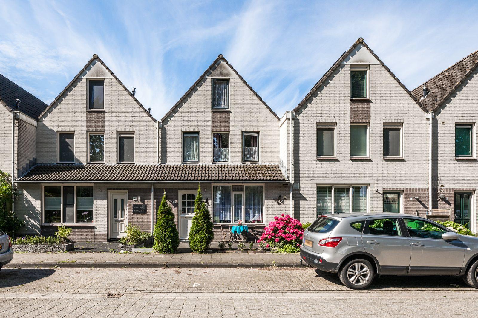 C. van Eesterenplein 96, Almere