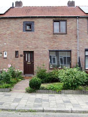 Bernhardstraat 20, Hoensbroek