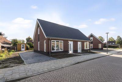 Heymanshof 3*, Megchelen