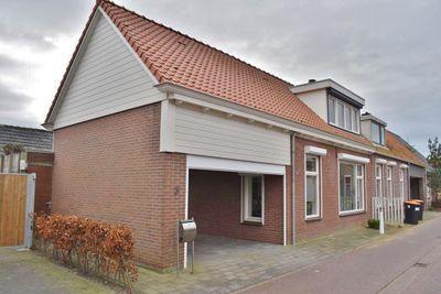 Lange Dreef 3, Oosterland