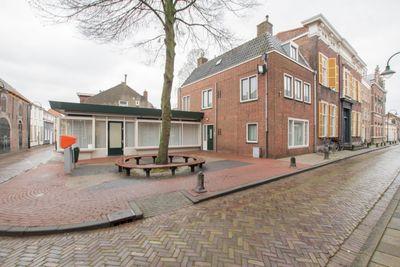 Hoogstraat 11, Tholen