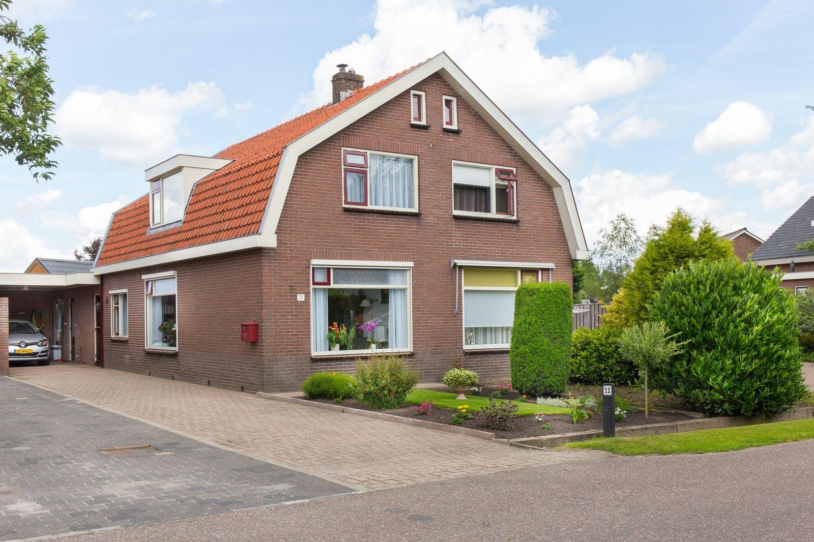 Domstraat 11, Nijkerkerveen