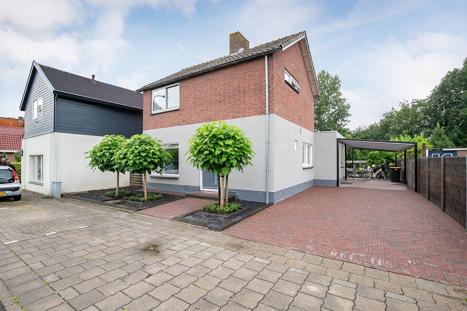 Keern 103, Hoorn