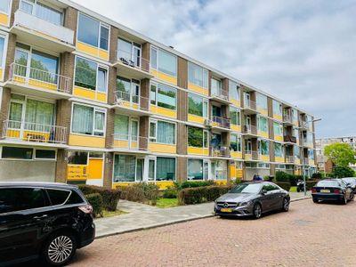 Rivierenplein, Dordrecht