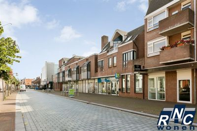 Sint Jansplein, Waalwijk