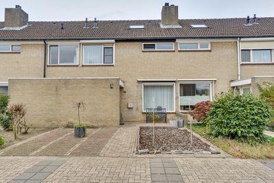 Mezenlaan 46, Oosterhout
