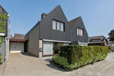 Paulus Baxstraat 12, Steenbergen
