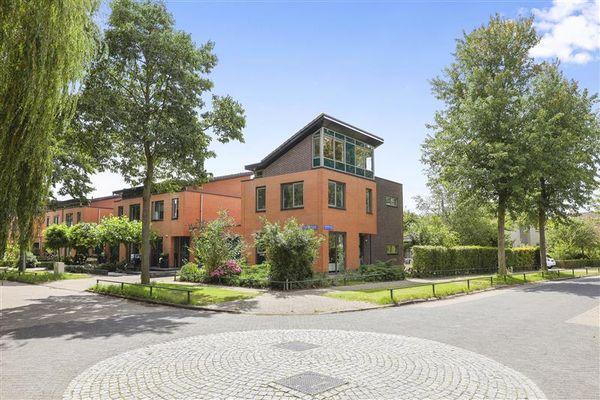 Perzikstraat 18, Almere