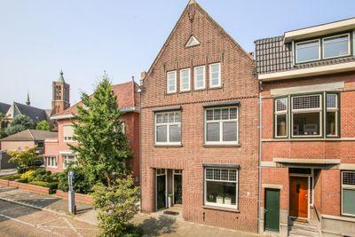 Wilhelminastraat 14, Venlo