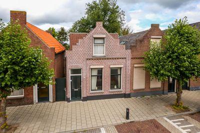 Loeffstraat 21, Waalwijk