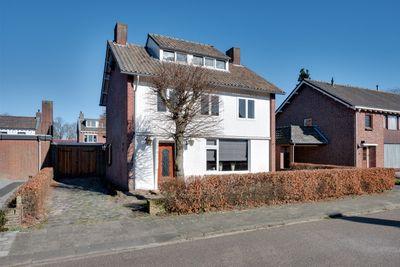 Hugo de Grootstraat 4, Veghel
