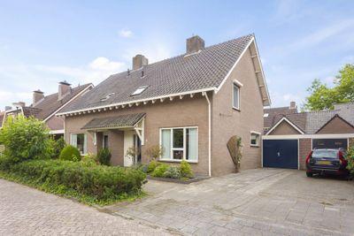 Irenestraat 15, Heeswijk-dinther